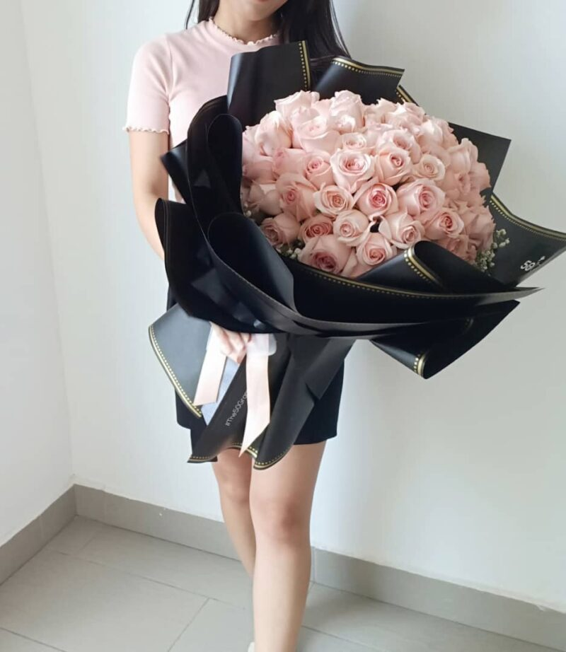 99 roses RM850