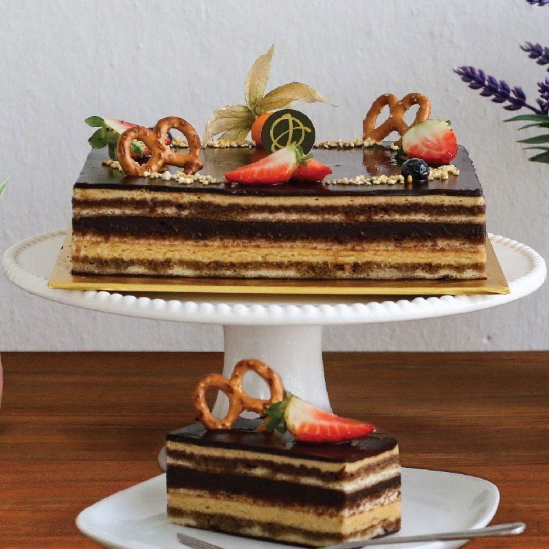 Opera Cake e1588878414262