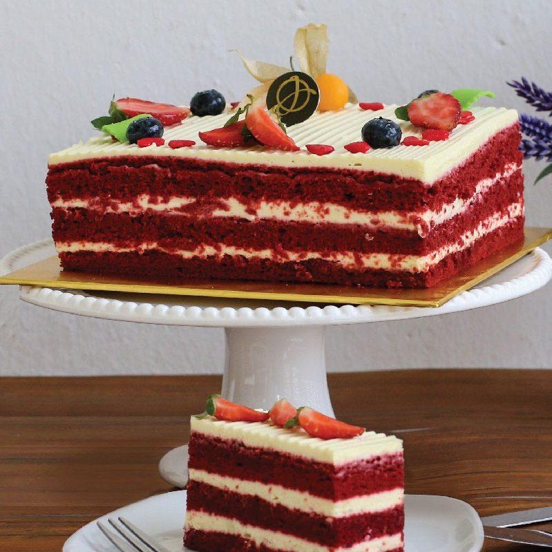 Red Velvet Cake e1588878404850