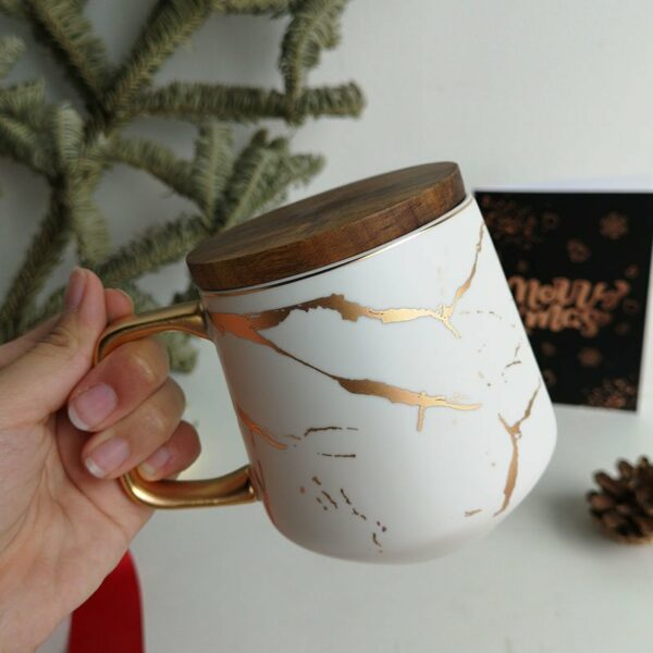 Wood-cover-mug-white-1