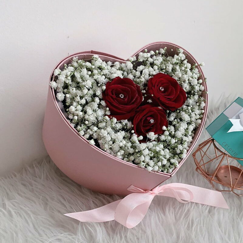 love flower box baby breath