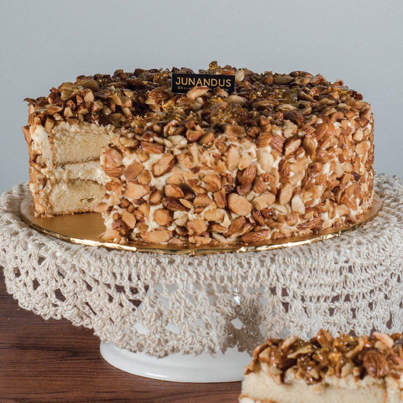 Almond Tiramisu Cake e1588878354565