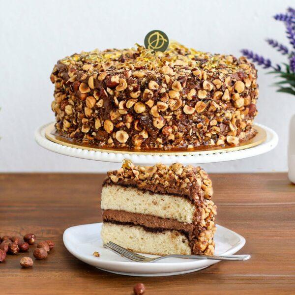 Hazelnut-praline-cake1