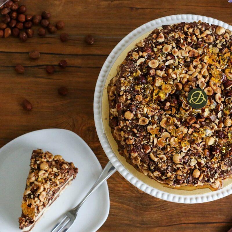 Hazelnut praline cake2