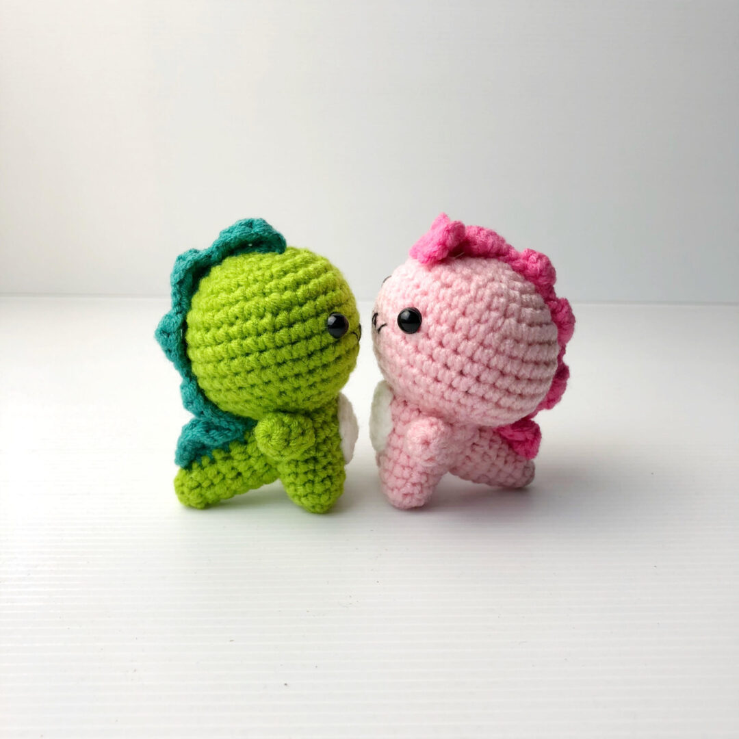 Crochet Couple Dino both 2 scaled