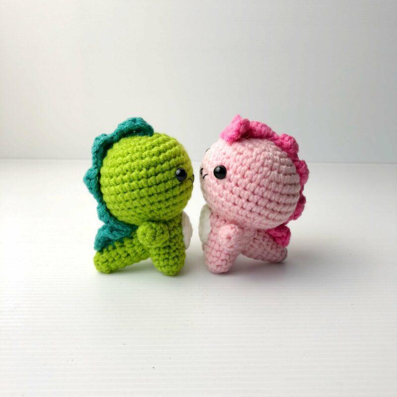 Crochet Couple Dino both 2 scaled
