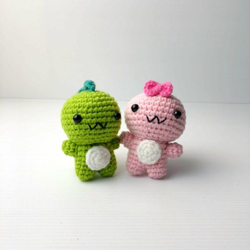 Crochet Couple Dino both scaled