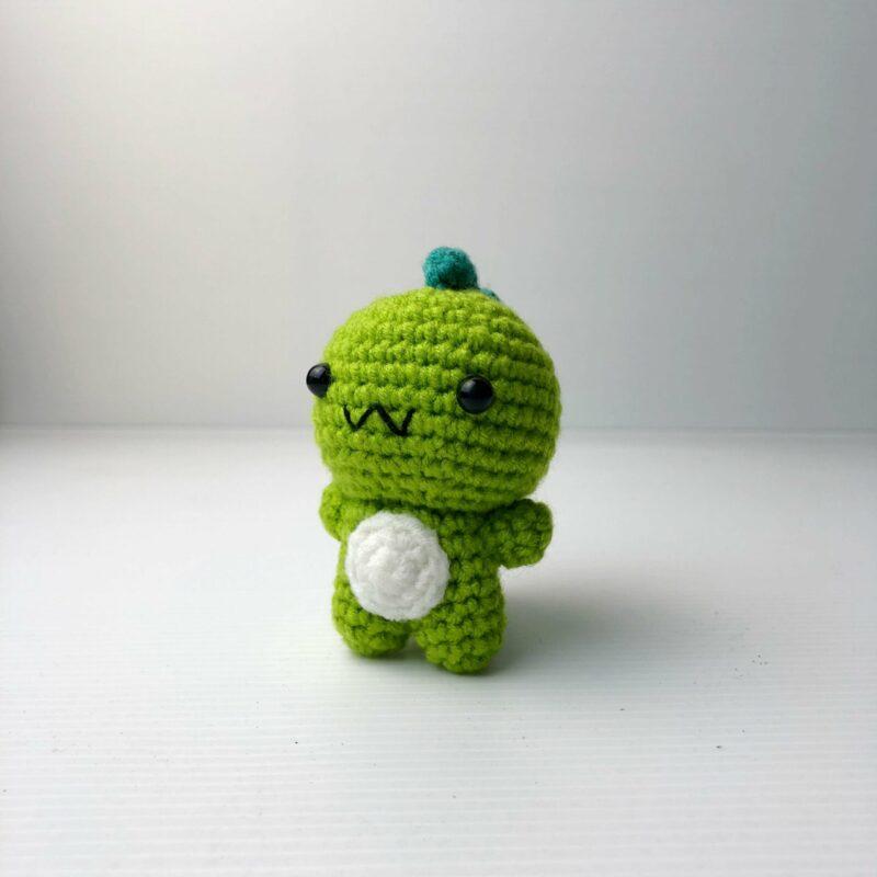 Crochet Couple Dino green scaled