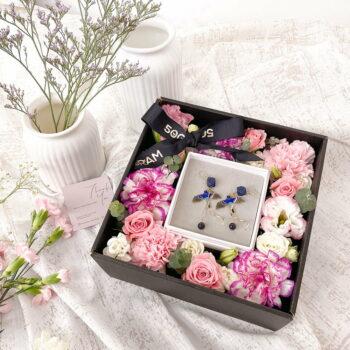 Blue Earrings Flower Box