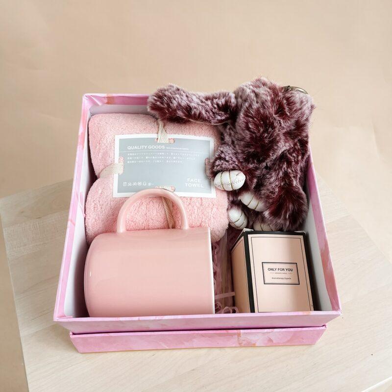 Hug Box Pink 2