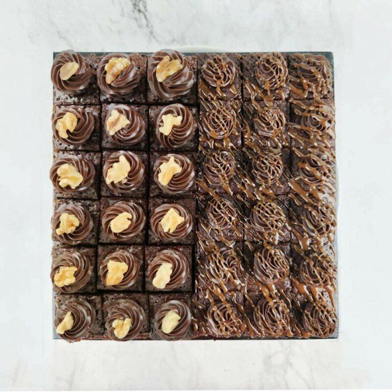 0005567 mixed mini brownies 36pcstray